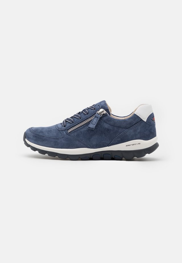 ROLLING SOFT - Sneakersy niskie - jeans/weiss