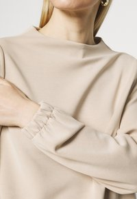 Opus - GABBI - Long sleeved top - macadamia - 4