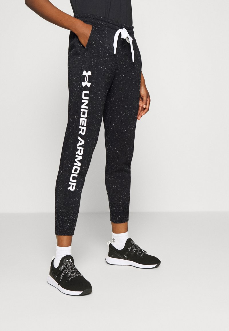 Under Armour - RIVAL SHINE JOGGER - Joggebukse - black