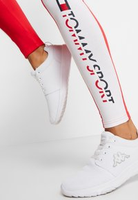 Tommy Sport - BLOCKED LOGO - Leggings - red - 4
