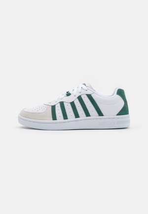WESTCOURT - Zapatillas - white/posy green