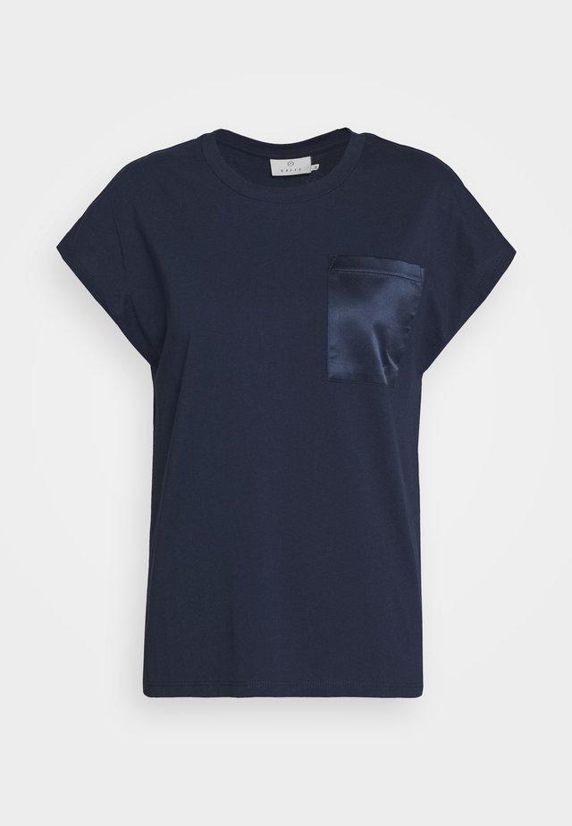 BLANCA - T-shirt basic - midnight marine