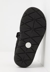 Timberland - PERKINS ROW 2-STRAP - Sandals - black - 5