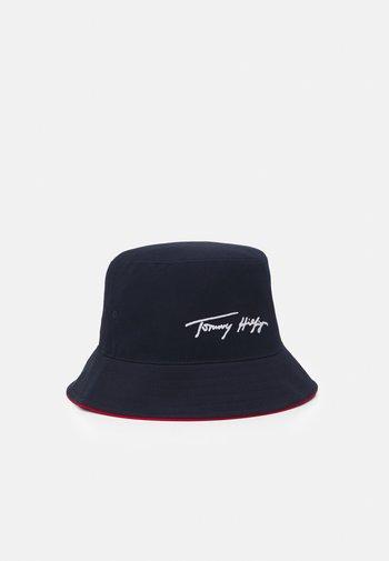 TH SIGNATURE BUCKET HAT UNISEX - Hat - blue