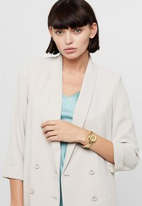 Guess - LADIES - Klokke - gold-coloured - 0