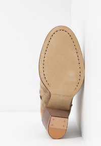 Zadig & Voltaire - Ankle boots - taupe - 6