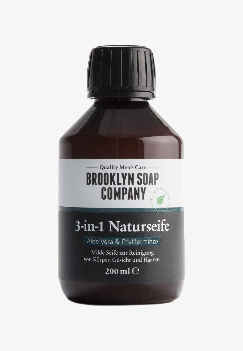 Brooklyn Soap - 3-IN-1 NATURSEIFE - Gesichtsreinigung - -