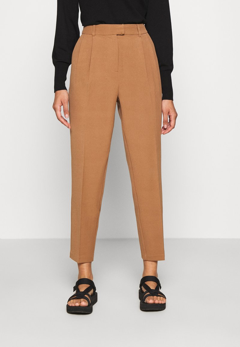 ONLY - ONLEVILA-LANA CARROT PANT - Pantalon classique - toasted coconut