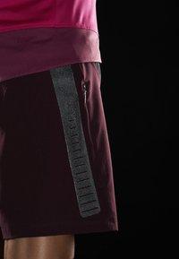 Craft - HALE SHORTS - Sportovní kraťasy - hickory black - 5