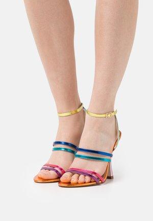 INESSE - Sandals - orange