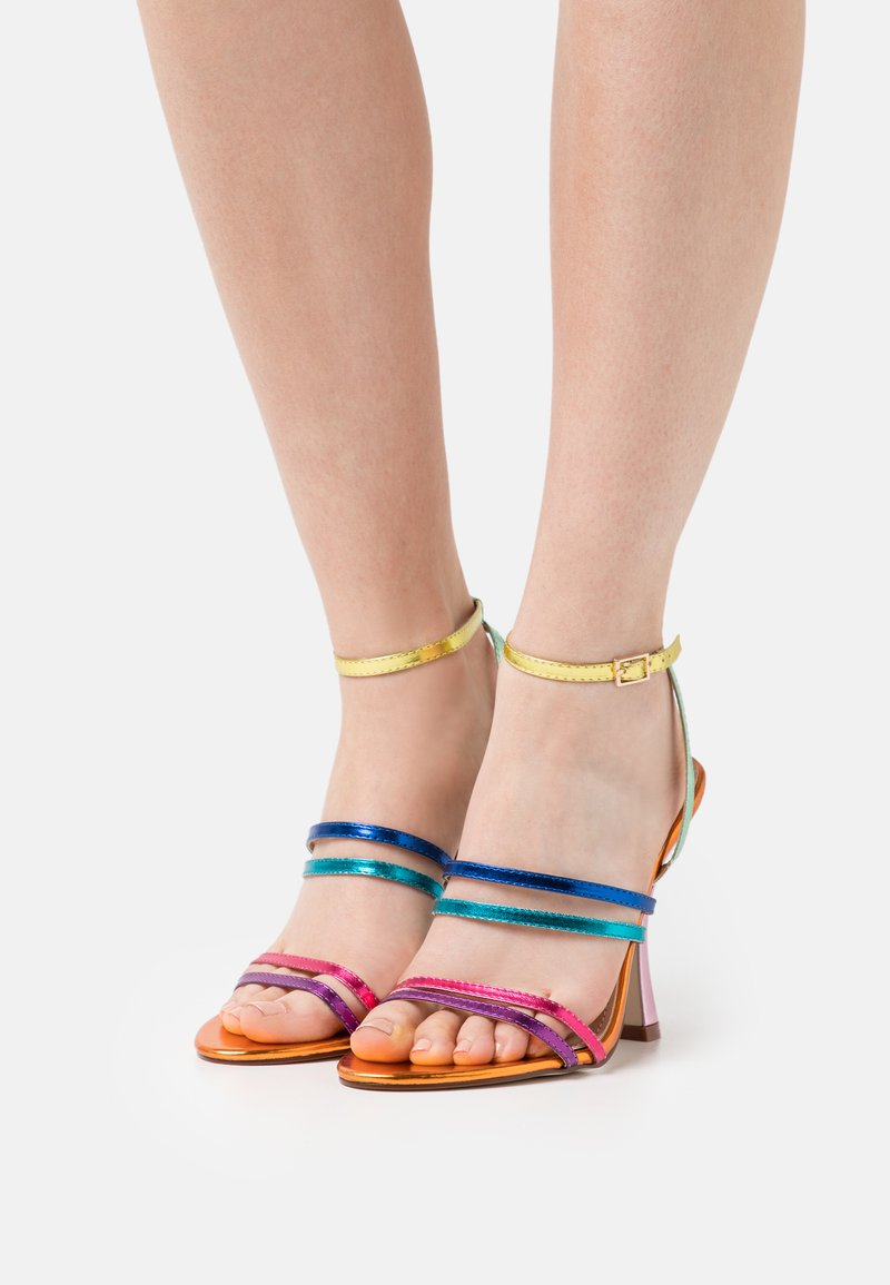 BEBO - INESSE - Sandals - orange