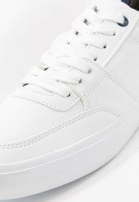 Pier One - UNISEX - Tenisky - white - 5