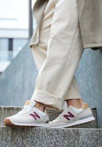 New Balance - Sneakers - beige - 4
