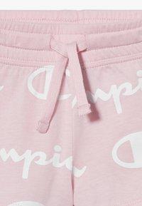 Champion - LEGACY AMERICAN CLASSICS UNISEX - Pantalón corto de deporte - light pink - 3