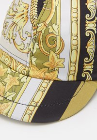 Versace - HAT HERITAGE  - Casquette - white/gold - 3