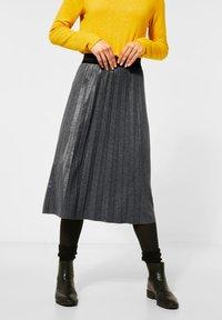 Street One - MIT GLITZER COATING - A-line skirt - grau - 0