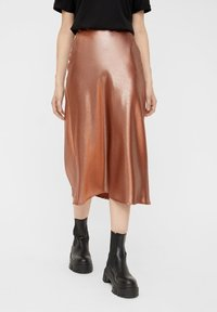 Pieces - Pleated skirt - root beer - 0