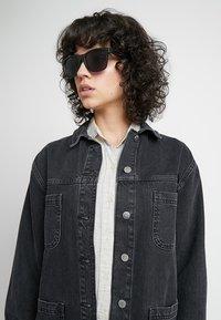 Vans - SPICOLI SHADES  - Okulary przeciwsłoneczne - black - 2