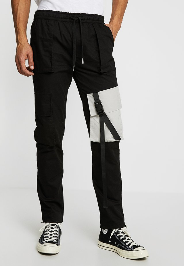 JOGGER MULTIPOCKET - Cargo trousers - black