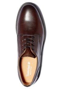 Timberland - OAKROCK LT OXFORD - Stringate sportive - dk brown full grain - 1