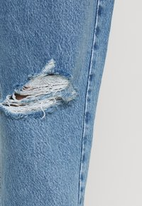 Gina Tricot - PAPERBAG MOM - Relaxed fit jeans - springblue - 3