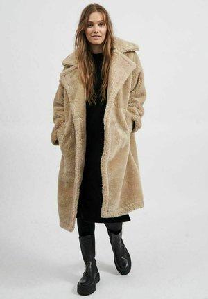 KUNSTFELL - Classic coat - beige