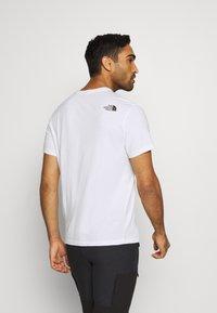 The North Face - BEREKELY CALIFORNIA TEE - Print T-shirt - white - 2