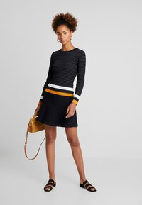 Morgan - Jumper dress - marine/fauve