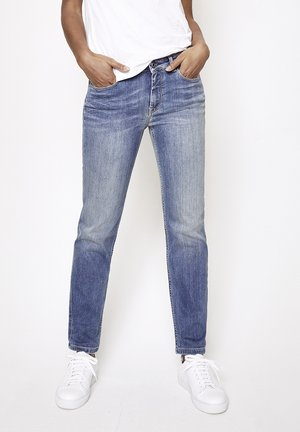 MAGGY - Slim fit jeans - light-blue denim