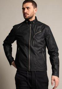 Schott - Outdoor jacket - schwarz - 0