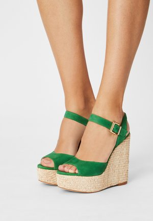 JAMEA 2 - Platform sandals - vert