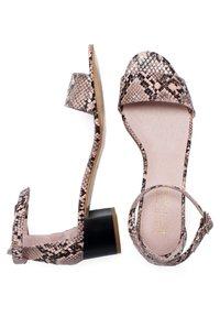 Eva Lopez - Ankle cuff sandals - Rosa - 2