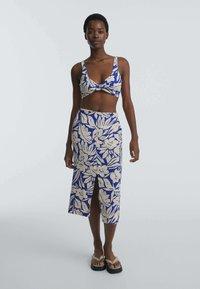 OYSHO - TROPICAL  - A-line skirt - blue - 1