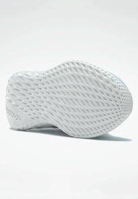 Reebok - Stabiliteit hardloopschoenen - blue - 2