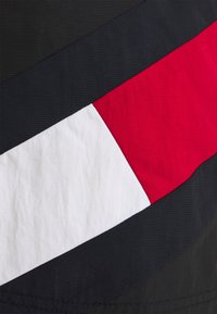 Tommy Hilfiger - SOLID FLAG DRAWSTRING - Swimming shorts - black - 2