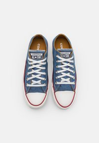Converse - CHUCK TAYLOR ALL STAR UNISEX - Trainers - blue/vintage white/midnight navy - 3