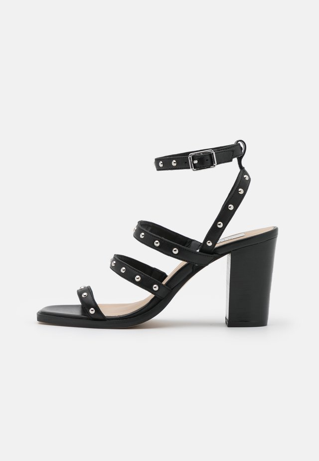 RILEY - Sandalen - black