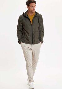 DeFacto - veste en sweat zippée - khaki - 1