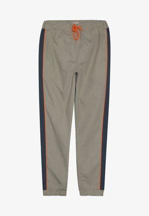 FREDRICH PANTS - Trousers - orien blue