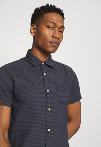 Jack & Jones - JORABEL SHIRT - Camisa - navy blazer - 3