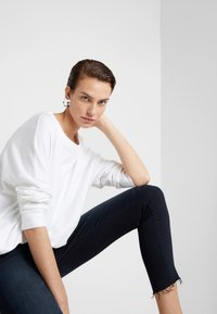 Mother - LOOKER FRAY - Jeans Skinny Fit - last call - 4
