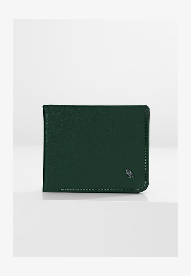 HIDE AND SEEK - Wallet - racing green