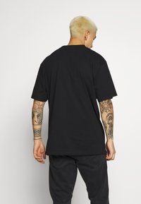 Karl Kani - KK SIGNATURE TEE - T-shirt basique - black - 2