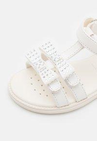Geox - KARLY GIRL - Sandalen - white - 5