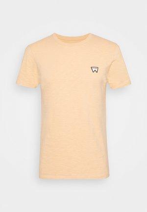 VEG TEE - T-shirt basic - lovely mango