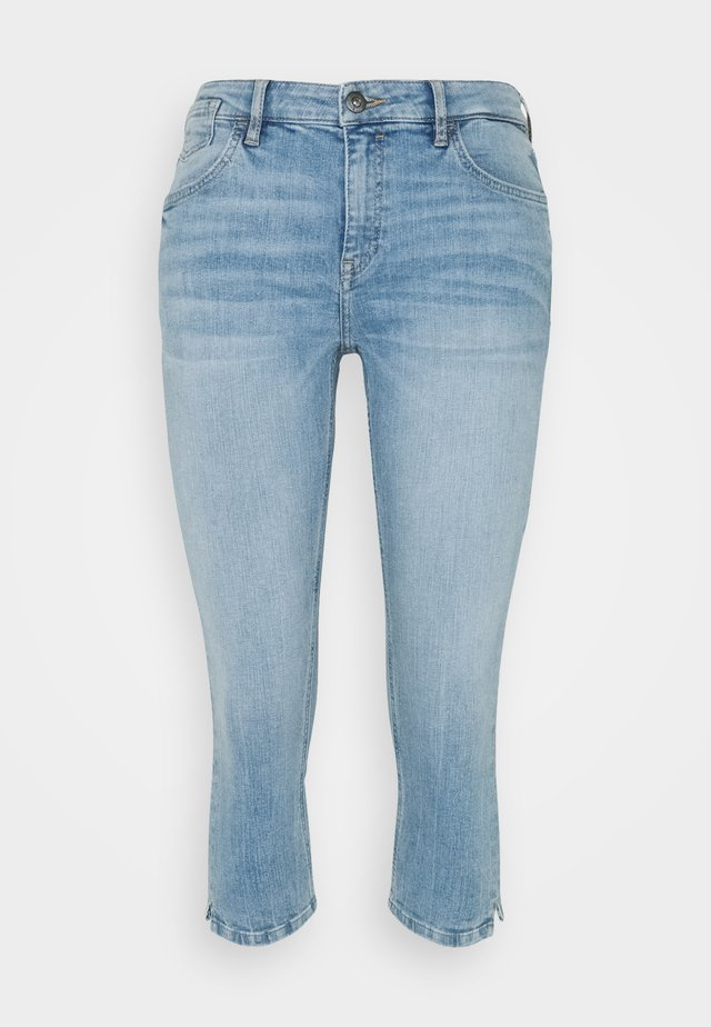 CAPRI - Shorts di jeans - blue light wash