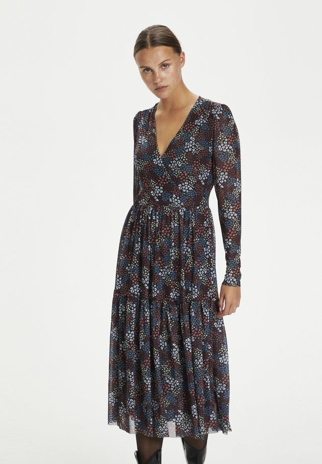 Vestido informal - autumn flower field