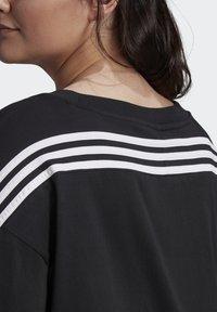 adidas Performance - AGRAVIC PARLEY PRIMEBLUE SHIRT TRAIL RUNNING - Print T-shirt - black/white - 4