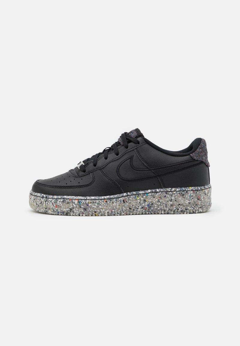 Nike Sportswear - AIR FORCE 1 KSA UNISEX - Trainers - black/metallic silver
