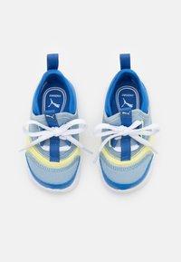 Puma - FUN RACER SLIP ON ELEVATE UNISEX - Neutral running shoes - blue fog/yellow pear - 3
